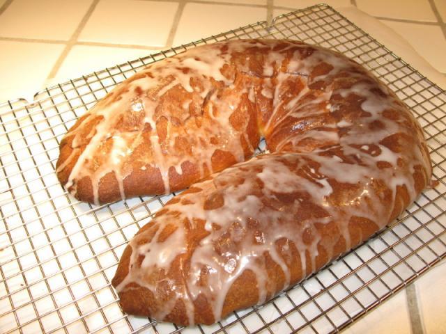 Grandma Ethel Jaffee's Yeast Cake